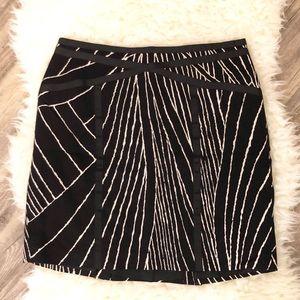 Ann Taylor black and white a-line skirt